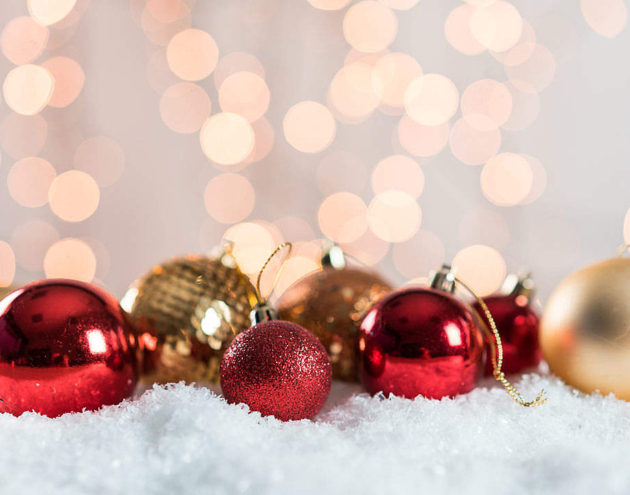 Christmas Decorations Space For Text 1080x720